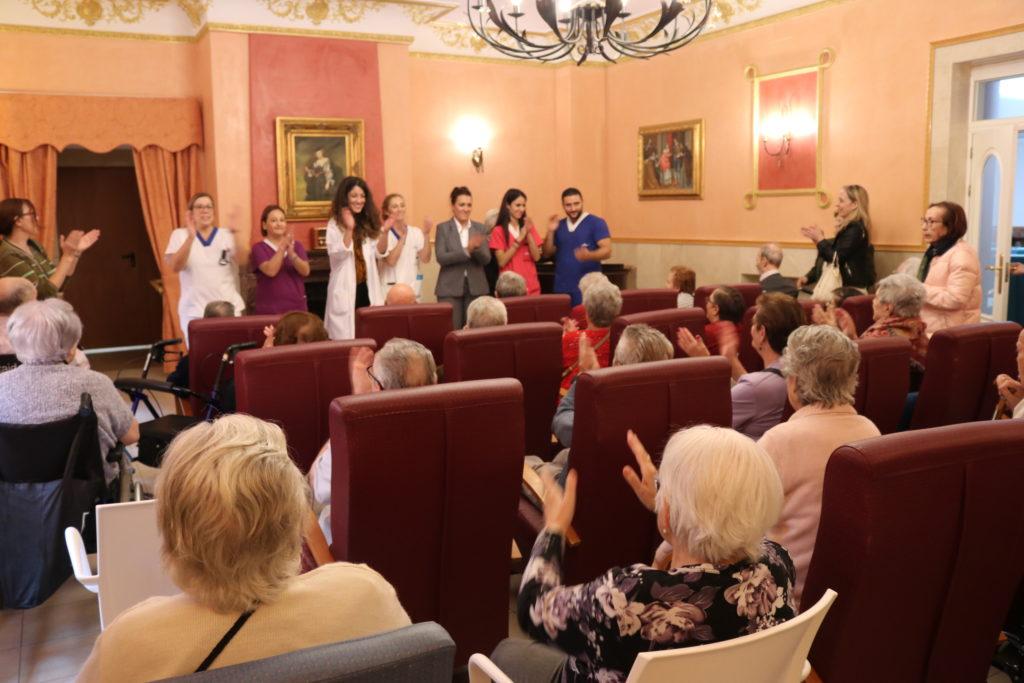 puertas abiertas residencia de mayores en puertollano albertia