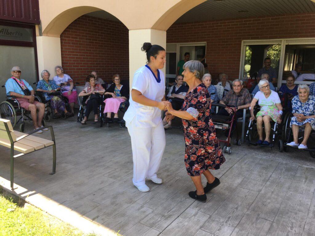 la puebla de alfinden residencia para ancianos albertia el moreral zaragoza