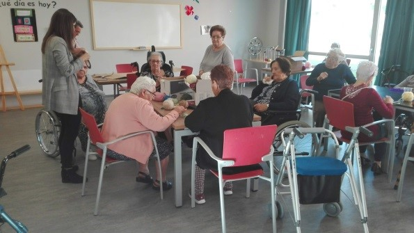 mercadillo solidario residencia albertia las vegas ciempozuelos mayores alzheimer