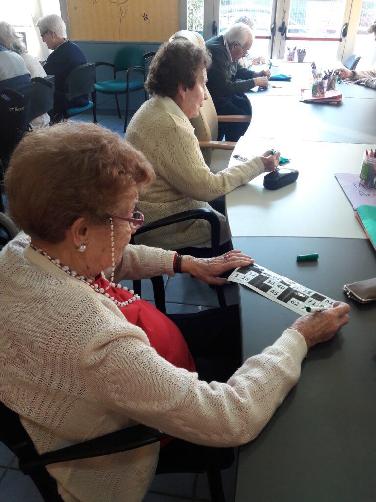 bingo familiar residencia personas mayores albertia mirasierra