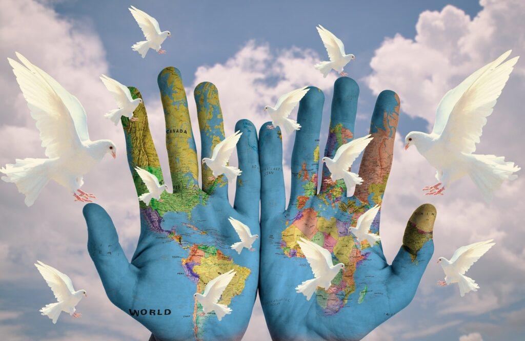 dia de la paz y la no violencia residencia personas mayores albertia moratalaz